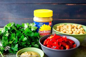 Roasted Red Pepper Hummus @Vegetarianmamma.com
